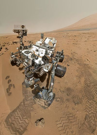 Even robots  on Mars like to take selfies...