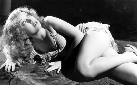 Fay Wray showed quite a bit of skin in this film...
